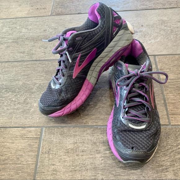 Brooks Womens Ariel 16 Overpronation Stability Running Shoe